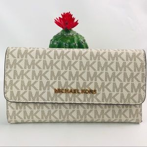 Authentic Michael Kors Jet Set Long Trifold Wallet